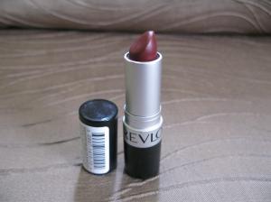 Revlon Matte Lipstick in Wine